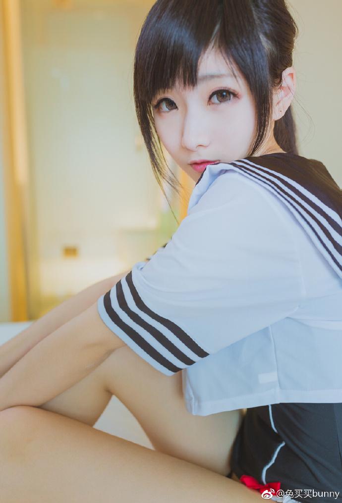 Phát sốt với cosplay nữ sinh Nhật Bản vừa đáng yêu lại cực sexy