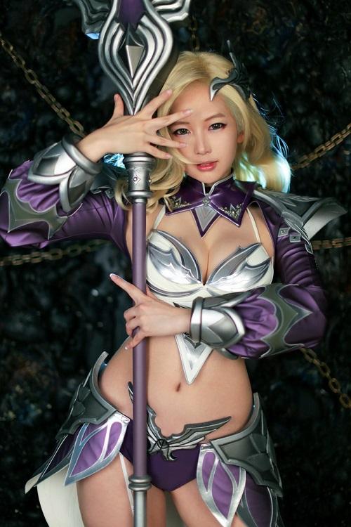 Mê mẩn cosplay cực gợi cảm trong Darklord Rise từ nhóm Spiral Cats