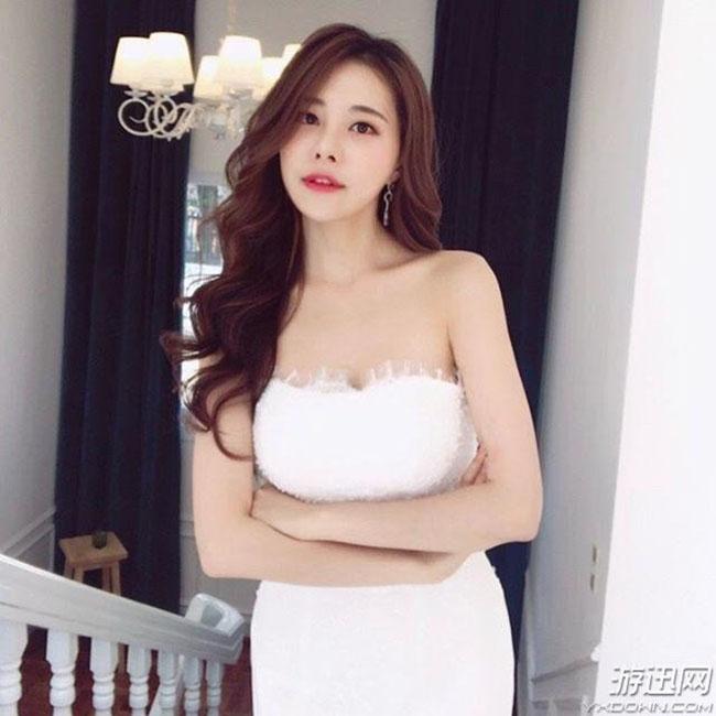 Chiêm ngưỡng thân hình nóng bỏng của nữ game số 1 Hàn Quốc