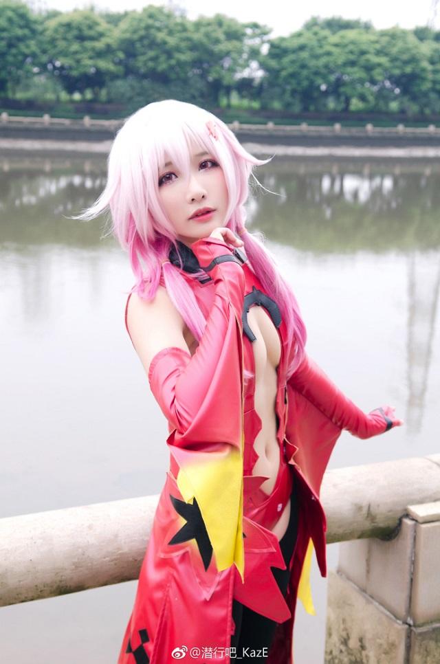 Mê mẩn cosplay Inori Yuzuriha cực nóng bỏng trong bom tấn Guilty Crown