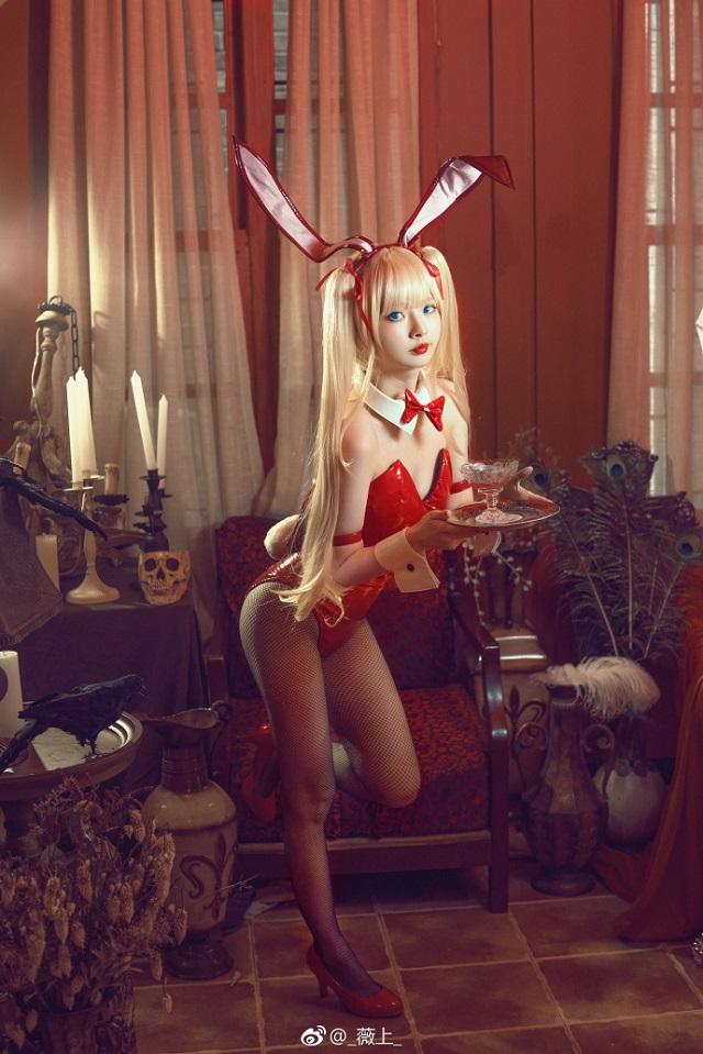 Khởi động đầu tuần với cosplay Bunny đầy gợi cảm
