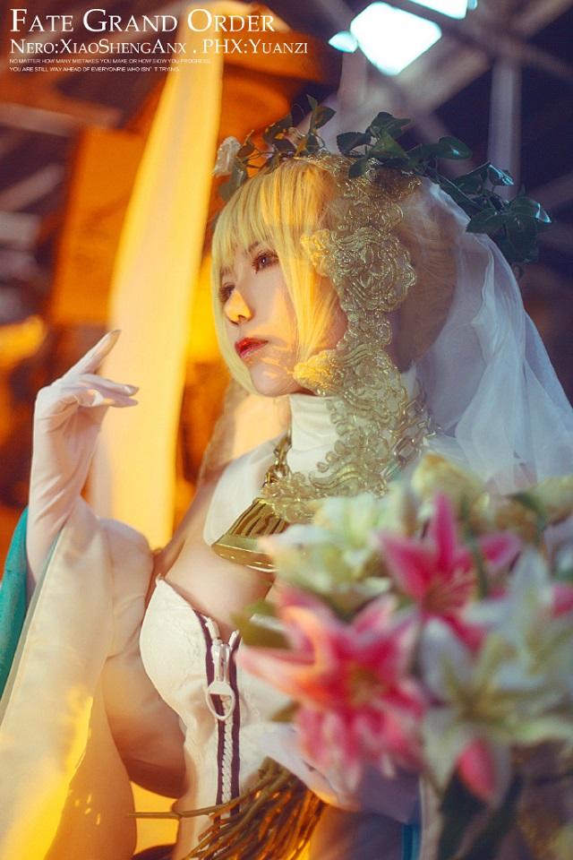 Mê mẩn cô dâu Saber đầy gợi cảm trong