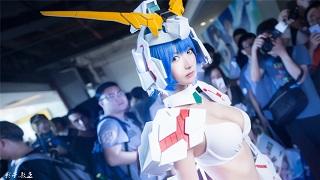 Chiêm ngưỡng cosplay Gundam phiên bản nữ cực nóng bỏng