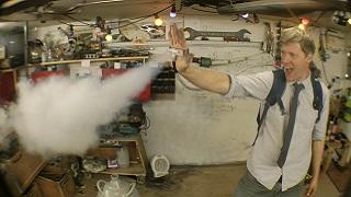 Trở thành người Băng Ice-Men với thợ sửa ống nước Colin Furze