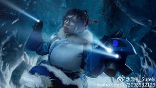 Choáng ngợp trước bộ ảnh cosplay Mei ở Bắc Cực