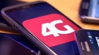Bạn trai 17 tuổi phát hiện ra cách dùng mạng 4G miễn phí, không mất một xu