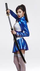 Mystic Fighter trở lại cùng nữ chiến binh HyunA