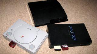 PlayStation 1 có giá 299 USD năm 95, 3 năm sau nó có giá...