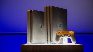 Mua PS4 Pro ở thời điểm hiện tại, có lợi và bất lợi gì?
