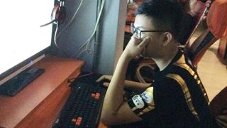 Sofm phải trở về Việt Nam xin VISA để có thể tiếp tục thi đấu ở Trung Quốc.