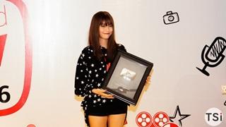 Misthy: Nữ Streamer đầu tiên của làng game Việt nhận Nút Play Bạc của YouTube