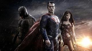 Hãi hùng với trailer Batman và Superman trong GTA V