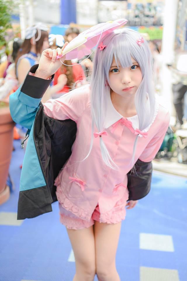 Đường phố Nhật Bản náo loạn vì nữ Cosplayer xinh đẹp Enako