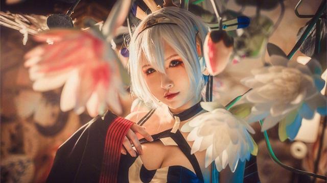 Cosplay mỹ nhân Yan He cực quyến rũ từ Vocaloid Trung Quốc