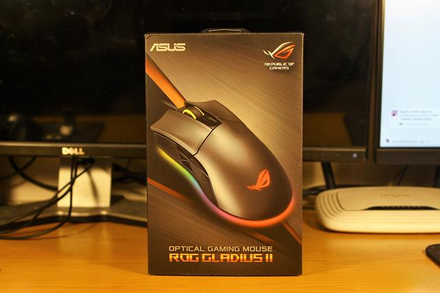Soi nhanh siêu phẩm chuột gaming Asus ROG Gladius II