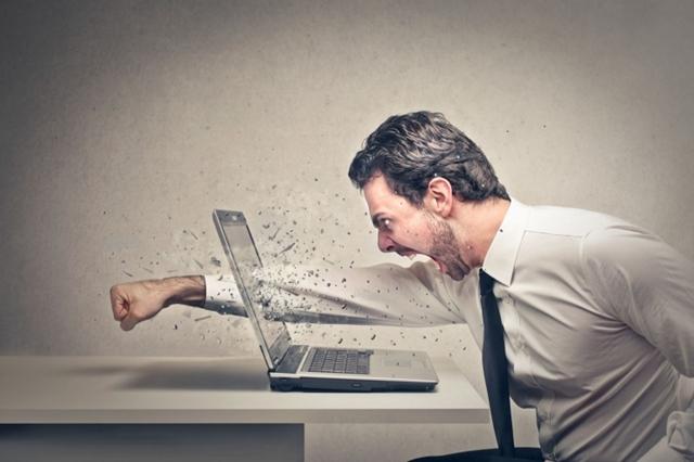 Máy tính của bạn chậm như rùa? Đây là 8 nguyên nhân chính